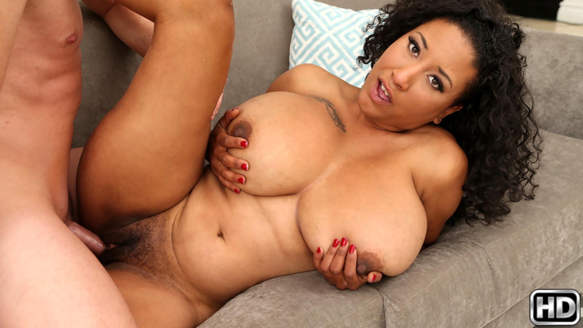 Danni Girl - Big Naturals