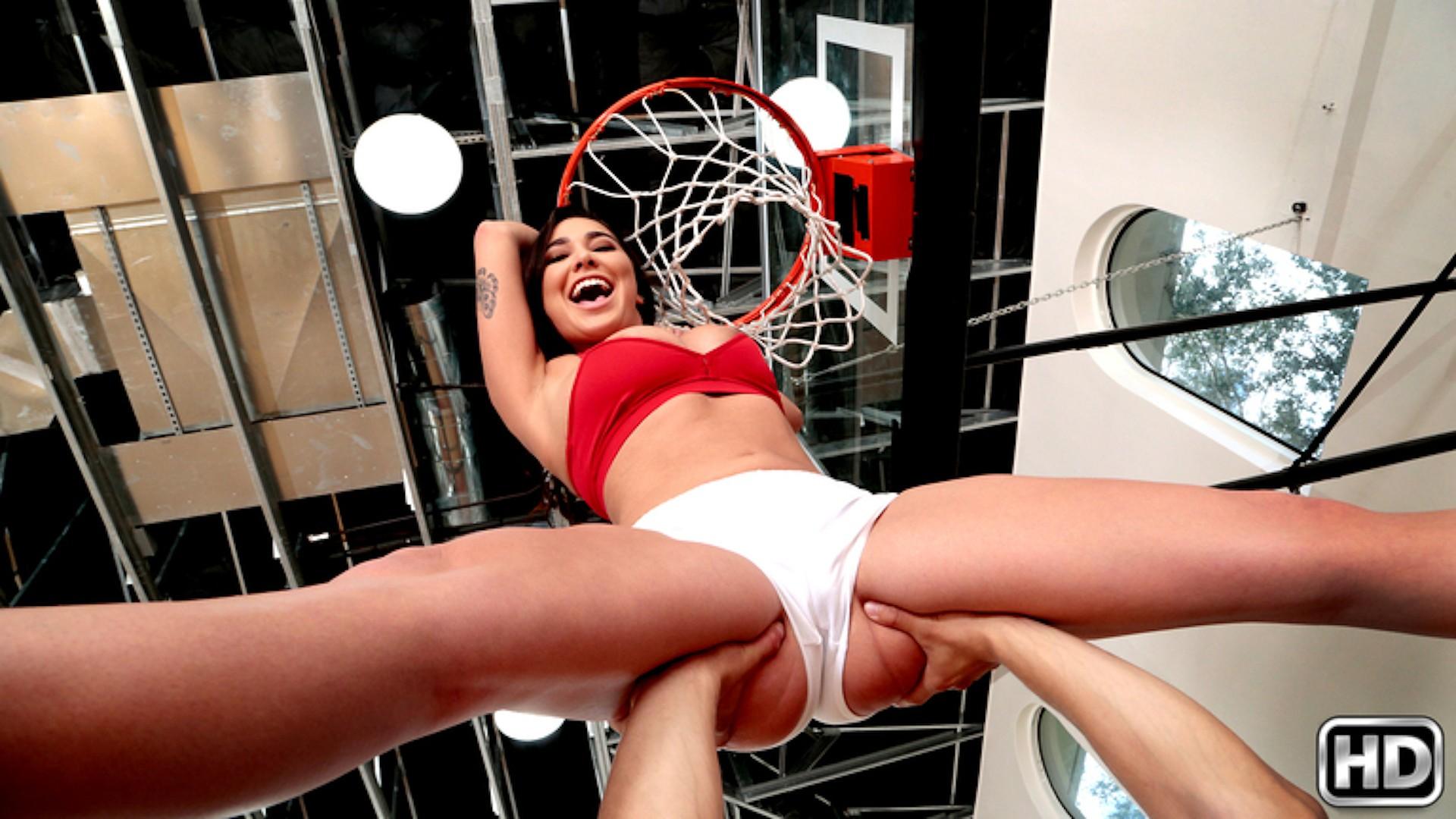 Shes Ballin - Big Naturals