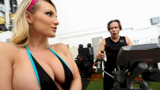 Cali's Special Workout - Big Tits In Sports